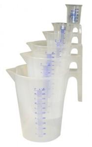 kunststoff messbecher set 7 st ck von 0 1 liter bis 5 liter. Black Bedroom Furniture Sets. Home Design Ideas